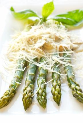 Asparagus With Asiago Cheese